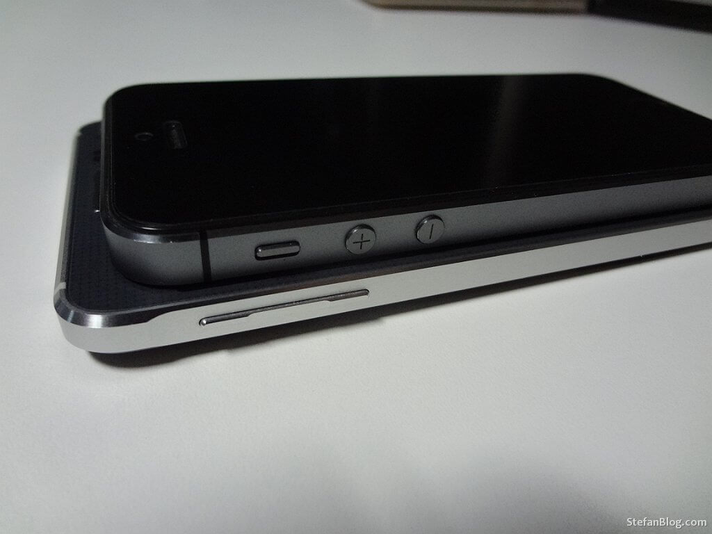 Samsung-GALAXY-Alpha-iPhone-5S
