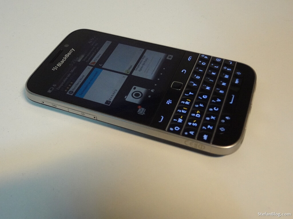 BlackBerry-Classic-lateral