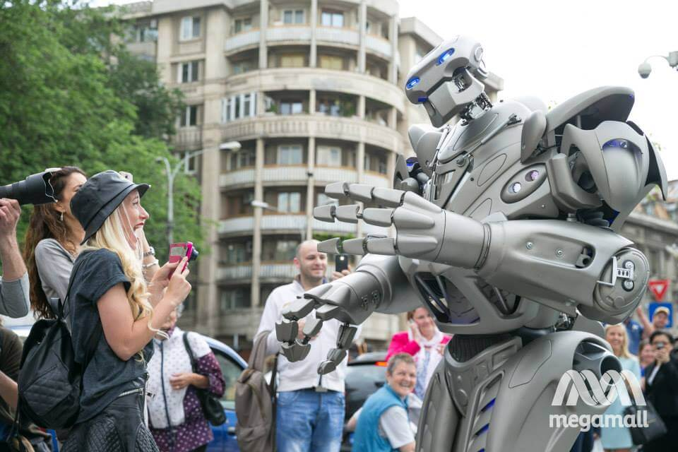 TITAN-THE-ROBOT-UNIVERSITATE